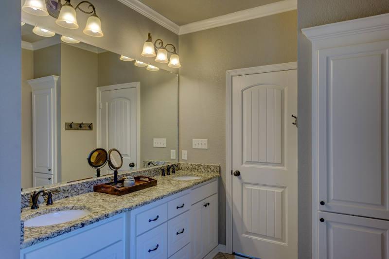 Dos lavabos para un solo mueble