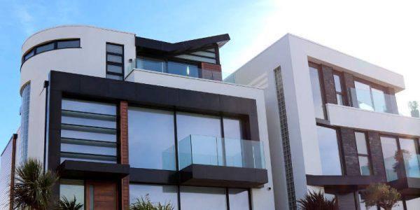 Ventajas e inconvenientes de los grandes ventanales en el hogar
