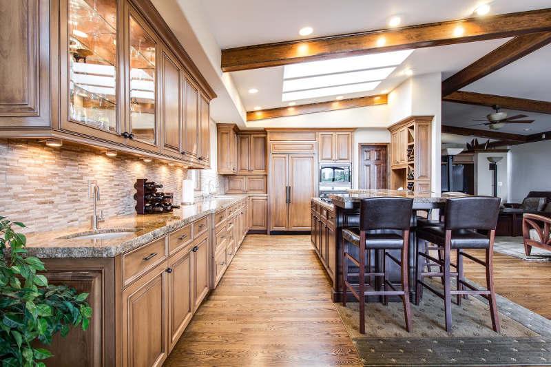 Reforma de una casa con estilo rústico