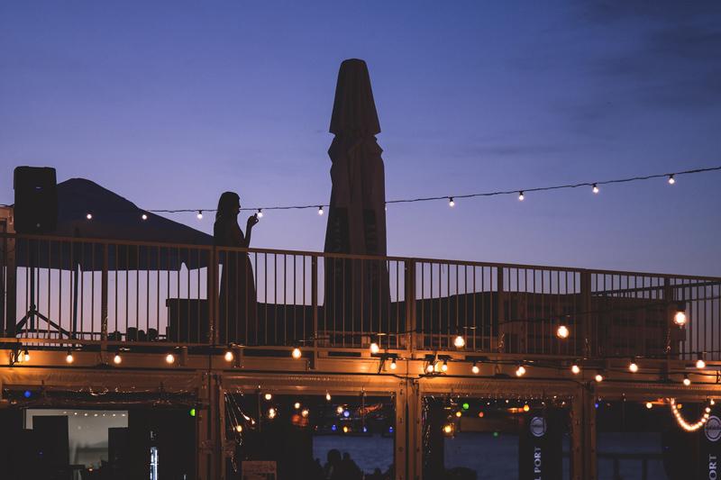 Mejora la decoración lumínica de tu terraza con asesoramiento profesional