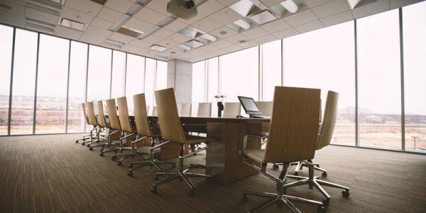 Reforma tu oficina con materiales eficientes energéticamente