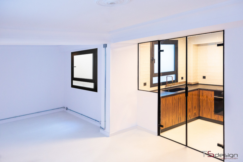 Por qué puertas de cristal en la reforma de tu cocina